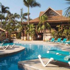 Отель Sunset at the Palms Resort - Adults Only - All Inclusive бассейн