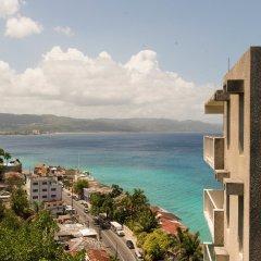 Отель Sky Box Beach Suite at Montego Bay Club Ямайка, Монтего-Бей - отзывы, цены и фото номеров - забронировать отель Sky Box Beach Suite at Montego Bay Club онлайн пляж фото 2