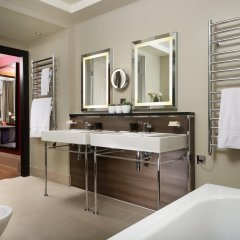 Отель Taj 51 Buckingham Gate, Suites and Residences ванная