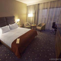 Отель DoubleTree by Hilton Hotel Lodz Польша, Лодзь - 1 отзыв об отеле, цены и фото номеров - забронировать отель DoubleTree by Hilton Hotel Lodz онлайн комната для гостей фото 2