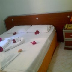 Cenka Hotel сейф в номере