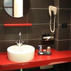 Отель Ih Hotels Milano Watt 13 Улучшенный номер фото 5