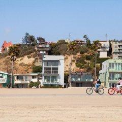 Отель Inn at Playa del Rey США, Лос-Анджелес - отзывы, цены и фото номеров - забронировать отель Inn at Playa del Rey онлайн спортивное сооружение