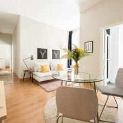 Отель Chic Rentals Gran Via Испания, Мадрид - отзывы, цены и фото номеров - забронировать отель Chic Rentals Gran Via онлайн комната для гостей фото 4