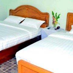 Hotel CF Lashio - Burmese Only комната для гостей