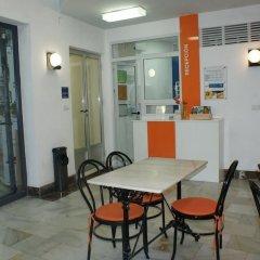Отель Hostal Puerto Beach Испания, Мотрил - отзывы, цены и фото номеров - забронировать отель Hostal Puerto Beach онлайн питание фото 3
