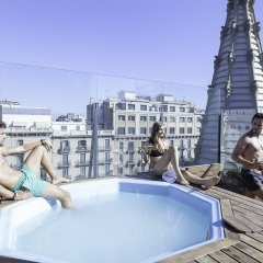 Urbany Hostel Bcn Go! Барселона бассейн фото 2
