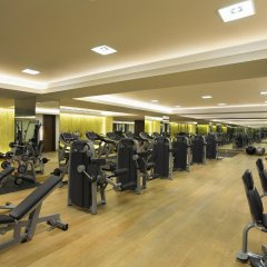 Отель Hilton Capital Grand Abu Dhabi фитнесс-зал
