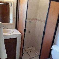 Отель Kukulcan Hostel & Friends Мексика, Канкун - отзывы, цены и фото номеров - забронировать отель Kukulcan Hostel & Friends онлайн ванная фото 2