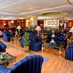 Landmark Plaza Hotel развлечения