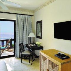 Отель Movenpick Resort & Spa Dead Sea удобства в номере фото 2