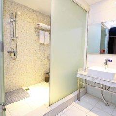 Отель Yi Lai Hotel Xian North Ming City Wall Китай, Сиань - отзывы, цены и фото номеров - забронировать отель Yi Lai Hotel Xian North Ming City Wall онлайн ванная фото 2