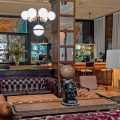 H10 Montcada Boutique Hotel интерьер отеля