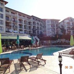 Отель Triumph Holiday Village Свети Влас бассейн фото 2