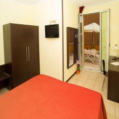 Отель ALIBI Римини комната для гостей