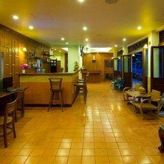 Отель Korbua House гостиничный бар