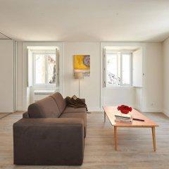 Апартаменты Portugal Ways Santos Azulejos Apartments комната для гостей фото 5