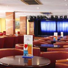 Hotel Roc Linda гостиничный бар