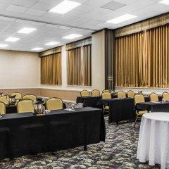 Clarion Hotel Conference Center Эссингтон помещение для мероприятий