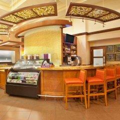 Отель Hyatt Place Oklahoma City - Northwest гостиничный бар