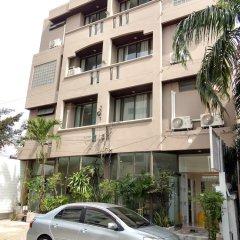 Отель Rama 9 Kamin Bird Hostel Таиланд, Бангкок - отзывы, цены и фото номеров - забронировать отель Rama 9 Kamin Bird Hostel онлайн парковка