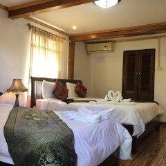 Отель Villa Oasis Luang Prabang комната для гостей