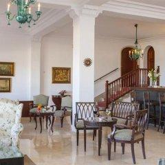 Отель Hoposa Pollentia - Adults Only гостиничный бар