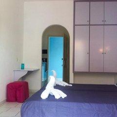 Philippos Hotel сейф в номере