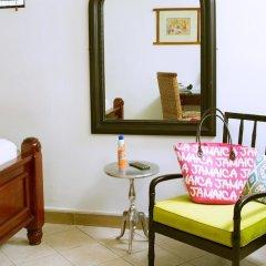 Отель Altamont West Hotel Ямайка, Монтего-Бей - отзывы, цены и фото номеров - забронировать отель Altamont West Hotel онлайн комната для гостей фото 5