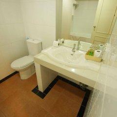Отель Convenient Park Бангкок ванная