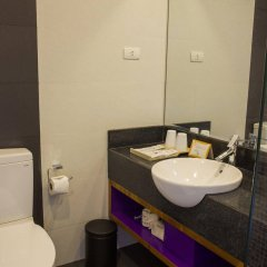 Отель ÊMM Hotel Hue Вьетнам, Хюэ - отзывы, цены и фото номеров - забронировать отель ÊMM Hotel Hue онлайн ванная фото 2