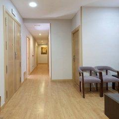 Отель Hostal Jemasaca-Palma61 Испания, Мадрид - отзывы, цены и фото номеров - забронировать отель Hostal Jemasaca-Palma61 онлайн интерьер отеля