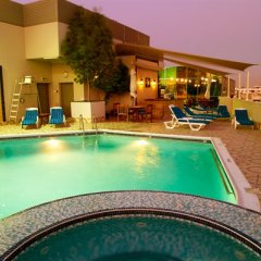 Flora Grand Hotel бассейн фото 3