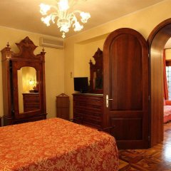 Отель Pensione Accademia - Villa Maravege Италия, Венеция - отзывы, цены и фото номеров - забронировать отель Pensione Accademia - Villa Maravege онлайн комната для гостей фото 2