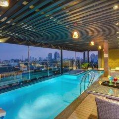 Golden Lotus Luxury Hotel бассейн фото 3