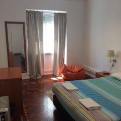 Отель Tagus Palace Hostal Португалия, Лиссабон - отзывы, цены и фото номеров - забронировать отель Tagus Palace Hostal онлайн комната для гостей фото 3