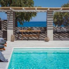 Отель Damma Beachfront Luxury Villa Греция, Остров Санторини - отзывы, цены и фото номеров - забронировать отель Damma Beachfront Luxury Villa онлайн бассейн фото 3