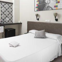 Отель Central Station Valencia Валенсия комната для гостей
