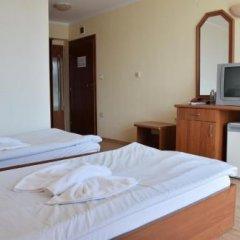 Отель Shipka Beach Болгария, Солнечный берег - отзывы, цены и фото номеров - забронировать отель Shipka Beach онлайн удобства в номере фото 2