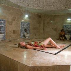 Dynasty Hotel бассейн