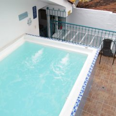 Отель Hostal Pajara Pinta бассейн