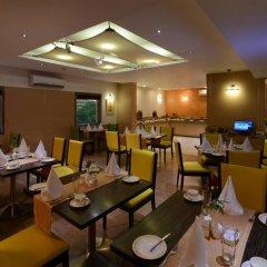 Отель Tulip Inn West Delhi питание фото 2