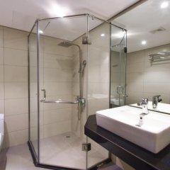 Отель Хостел Babylon Garden Inn Вьетнам, Ханой - отзывы, цены и фото номеров - забронировать отель Хостел Babylon Garden Inn онлайн ванная