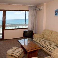 Отель Bourgas Болгария, Солнечный берег - отзывы, цены и фото номеров - забронировать отель Bourgas онлайн комната для гостей