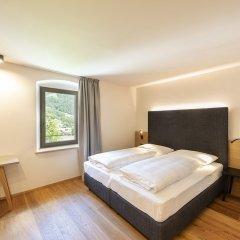 Hotel Wieser Кампо-ди-Тренс сейф в номере