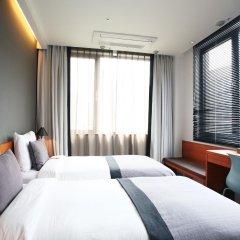 Отель Floral Hotel ShinShin Seoul Myeongdong Южная Корея, Сеул - 1 отзыв об отеле, цены и фото номеров - забронировать отель Floral Hotel ShinShin Seoul Myeongdong онлайн комната для гостей