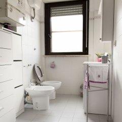 Отель Casa di Chiara e Sara Италия, Лидо-ди-Остия - отзывы, цены и фото номеров - забронировать отель Casa di Chiara e Sara онлайн ванная