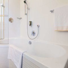 Hotel Kaiserhof Wien ванная
