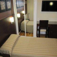 Отель Hostal Abadia комната для гостей фото 4