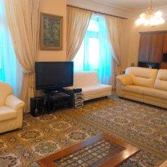 Гостиница Lakshmi Club Apartment 3-bedroom в Москве отзывы, цены и фото номеров - забронировать гостиницу Lakshmi Club Apartment 3-bedroom онлайн Москва комната для гостей